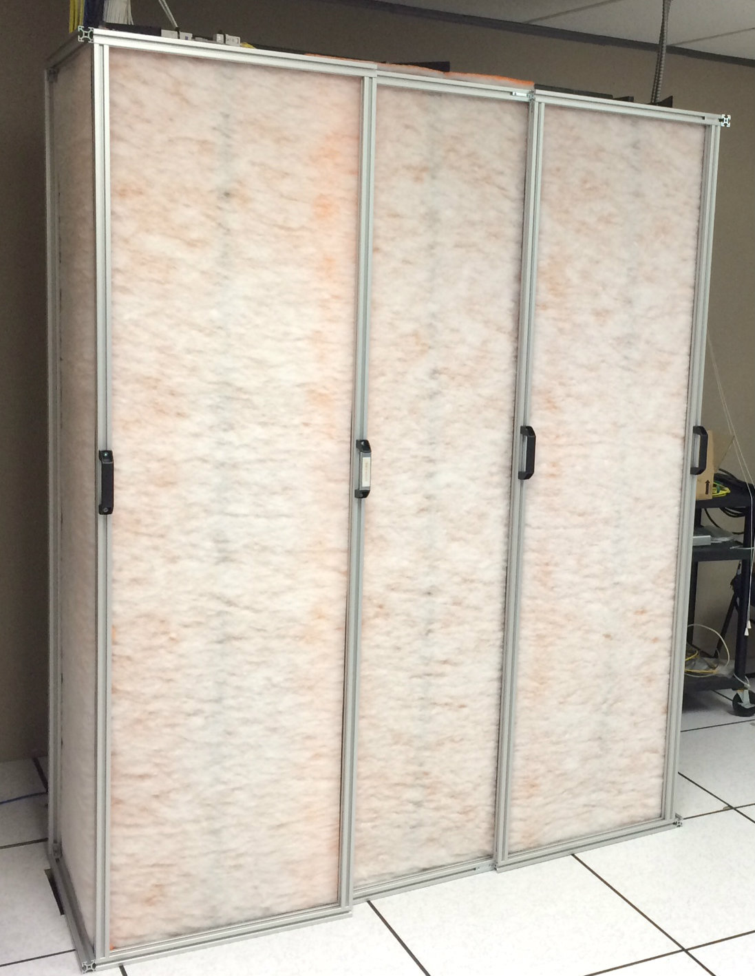 IT equipment protection filter for construction work
